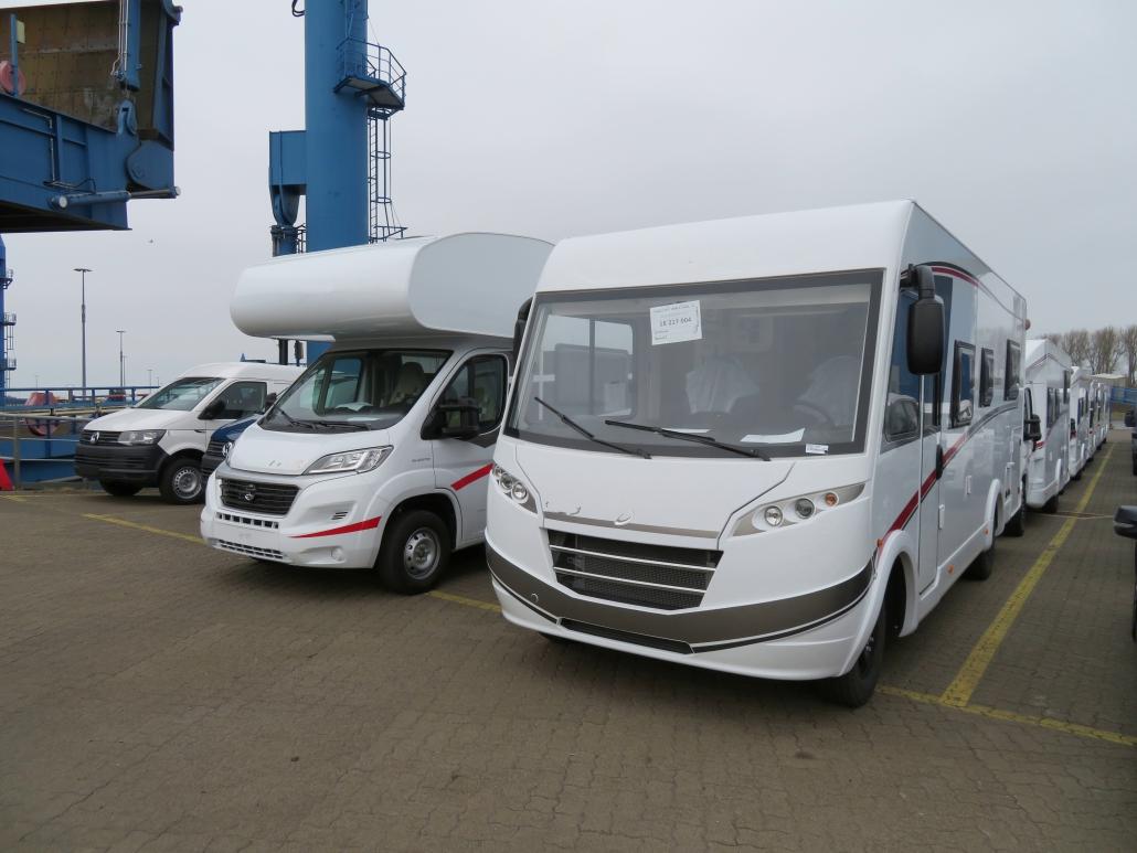 Fahrzeugtransport & Verschiffung